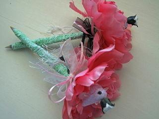 Birdie flower pens
