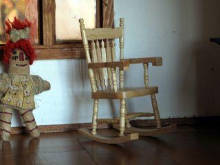 Dollhousechair