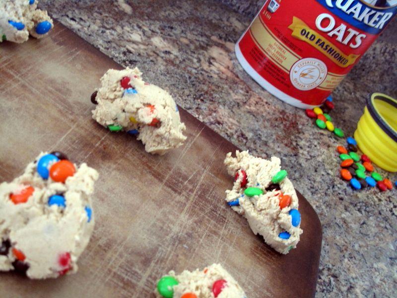 M&mcookiesbake